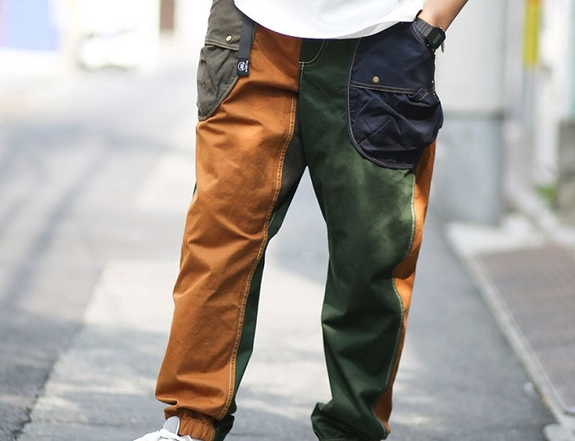 モデルがgym master ドロップポケットパンツを履いた様子