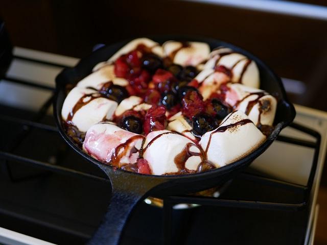 ニトスキでマシュマロでデザート