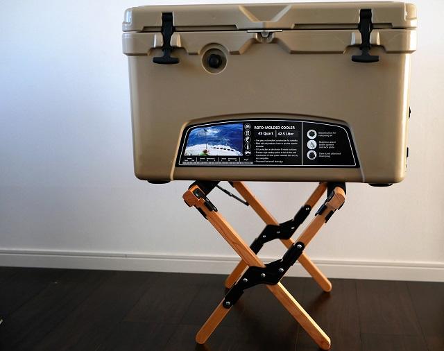 アイスランドのクーラーボックスを置いたところ