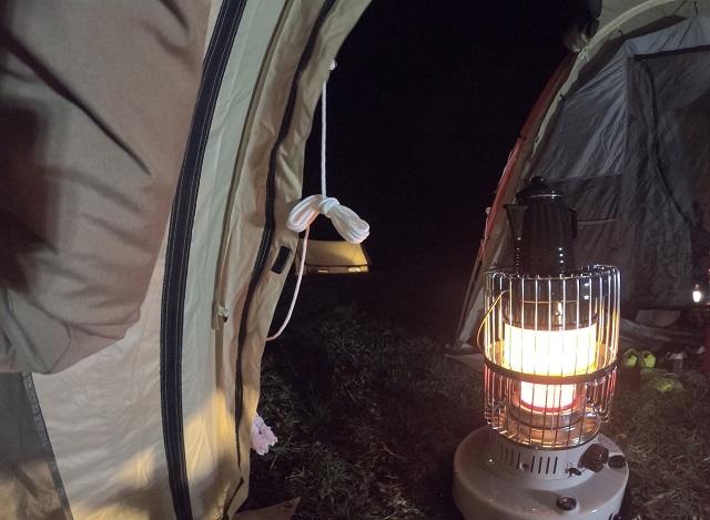 カマボコテント内で使うストーブ