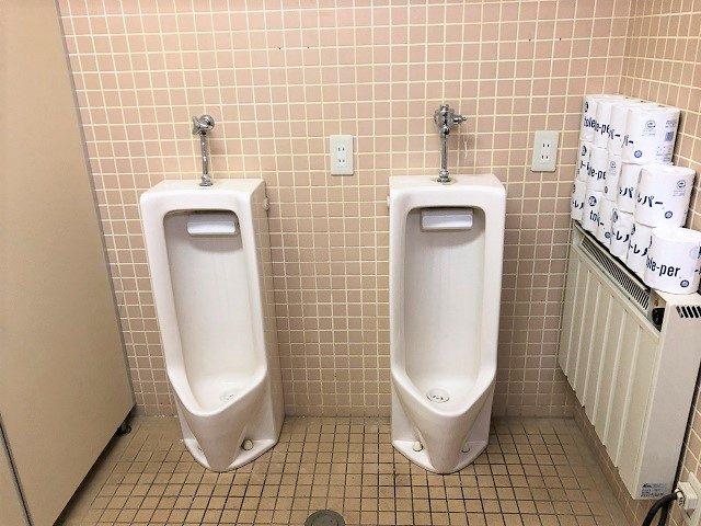 センターハウス内トイレ