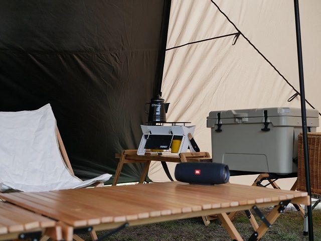 テント内14時8分の写真