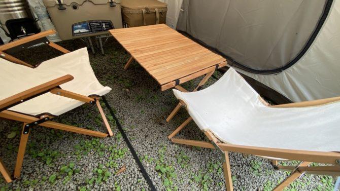 5人用テーブルと椅子