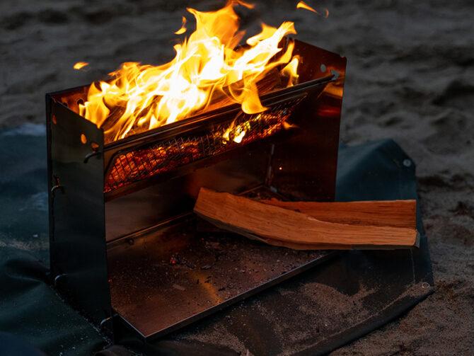 遮熱板で薪を乾燥