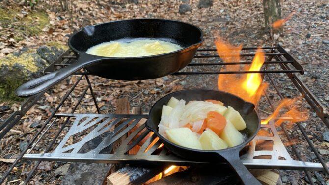 焚き火台で調理